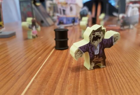 Flick 'em Up!: Dead of Winter Review - Flicking Zombie Action