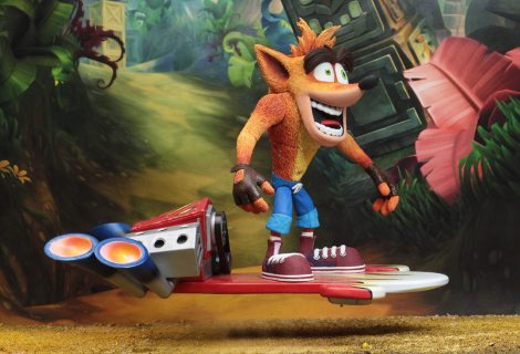 NECA Reveals New Deluxe Crash Bandicoot Figure With A Hoverboard