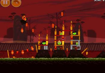 Angry Birds Seasons Free on iOS