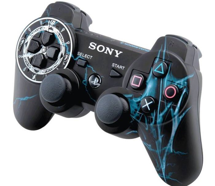 Sony Partners With Gamestop For Exclusive Lightning Returns Controller