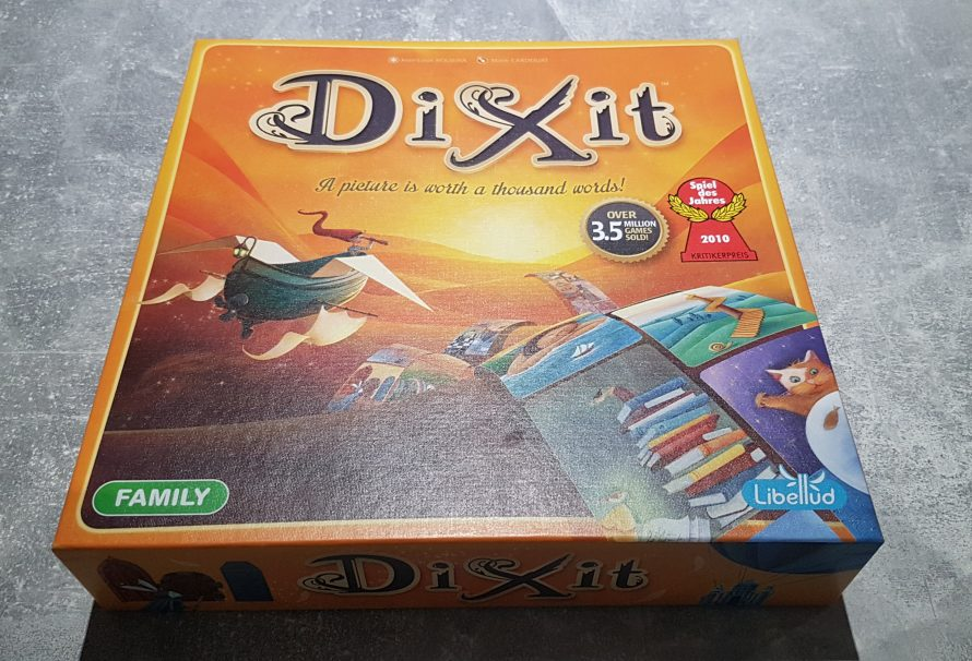 Dixit Review – Simple Fun With Incredible Art