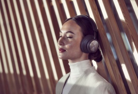 Bang & Olufsen Announced Beoplay Portal for Xbox and PC